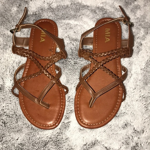 e7e20341cd44 Brown braided sandals. M 5aa45df23a112e87aaf8b9c2